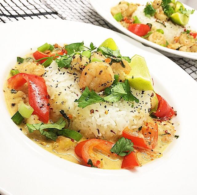Garlic Shrimp In Coconut Milk, Tomatoes And Cilantro ...